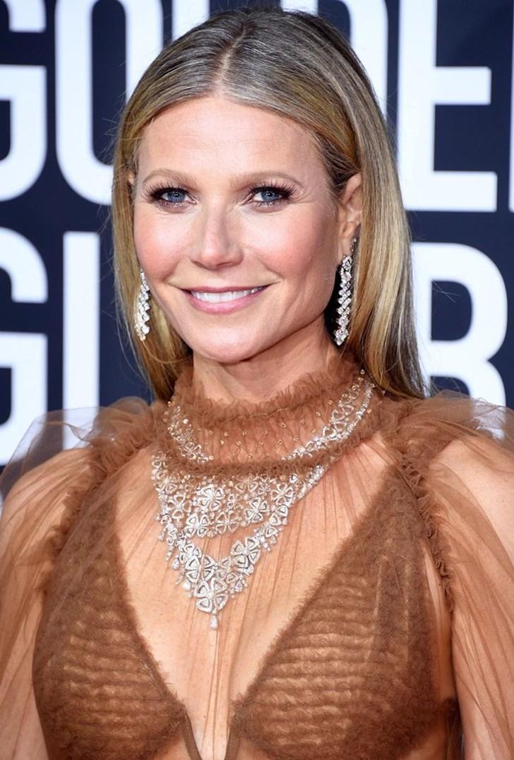 9 31 - 10 famosas que mostraron orgullosas sus canas en la alfombra roja. Rachel McAdams lucía radiante