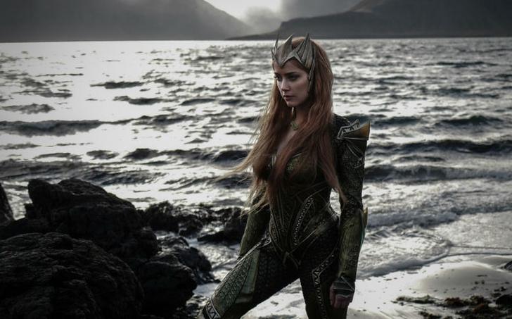 warnerbros mujermaravilla mera aquaman ligadelajusticia0002 - Gal Gadot querría trabajar con Amber Heard en el papel de Mera. Una heroína cuida el trabajo de otra