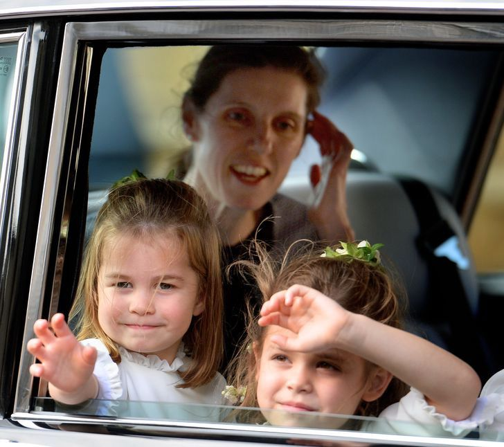 10 59 - 10 requisitos que debe cumplir el personal de la realeza para brillar ante la reina
