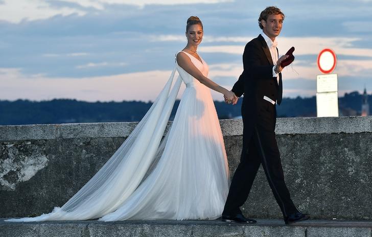 """2 85 - Meghan y Kate ya no son las royals más """"elegantes"""": una modelo italiana les arrebató el título"""