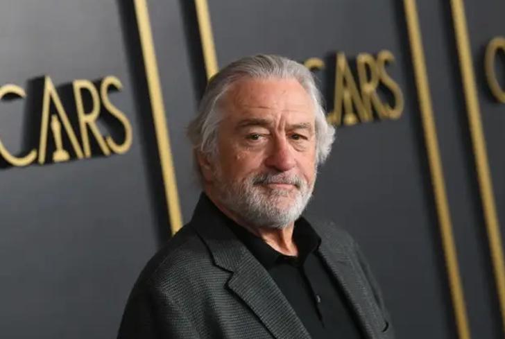 """6b 1 - 10 estrellas de Hollywood que son """"anti vacunas"""" desde que eran jóvenes"""