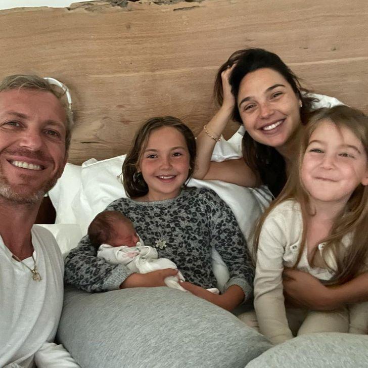 famosos nuevo hijo11 - 17 fotos de famosos luciendo completamente felices después de recibir a su primer bebé