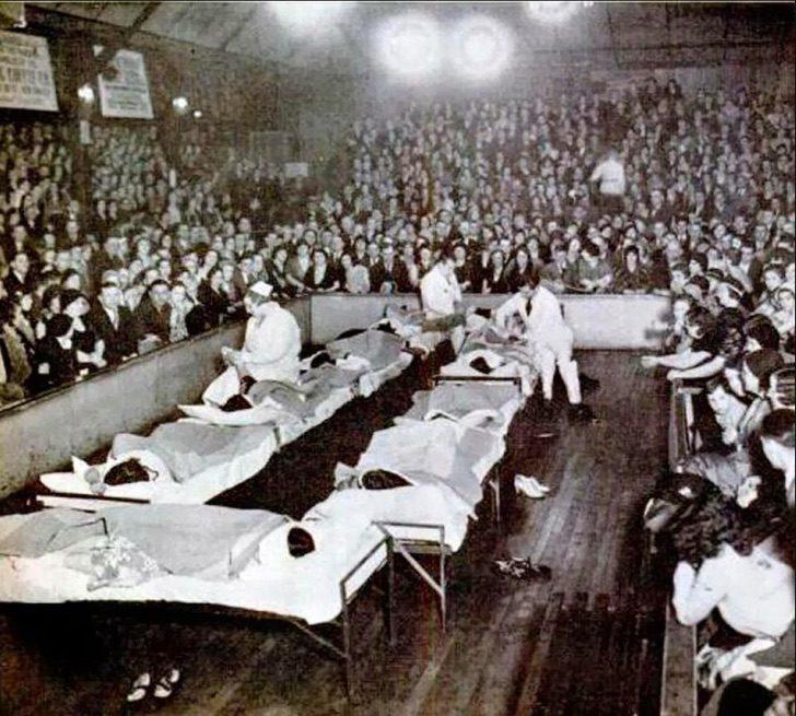 nintchdbpict0003311730831 - Bailaban hasta caer desmayados: Las extrañas maratones de bailes de 1930 que se hacían en EE.UU.