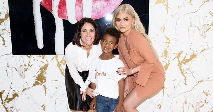 kylie jenner mundo6 - 10 cosas buenas que Kylie Jenner ha hecho por el mundo. No todo es maquillaje y selfies