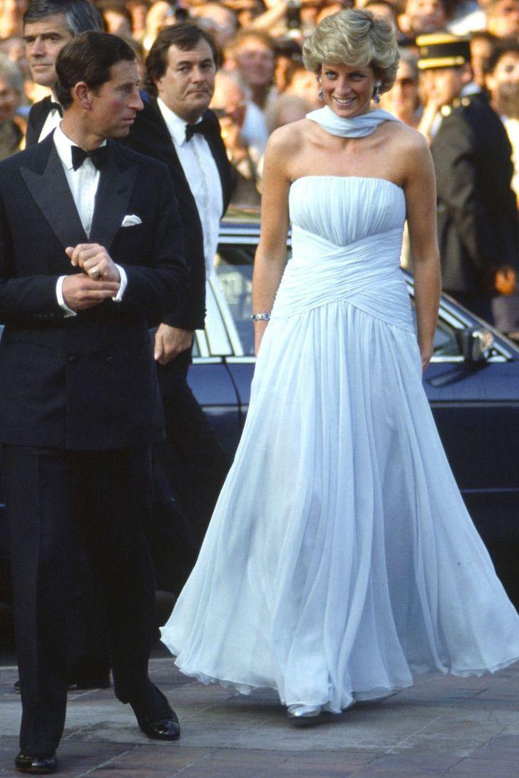 lady di princesa 17 - 20 elegantes atuendos con los que la princesa Diana se vio como una auténtica princesa