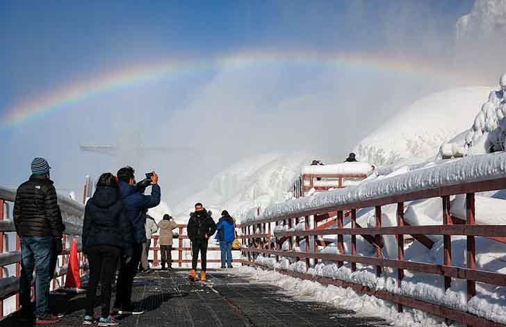 cataratas del niagara estados unidos017 - El frío sigue castigando sin piedad a Estados Unidos. Ahora se congelaron las cataratas del Niágara