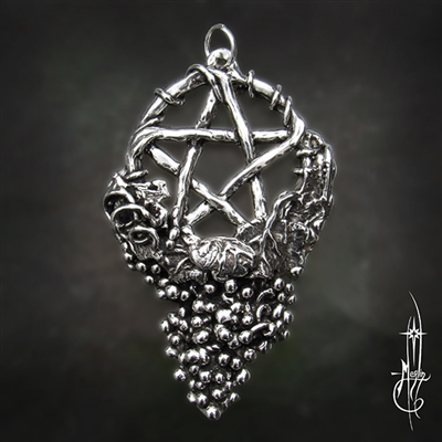 Grape Vine Pentacle