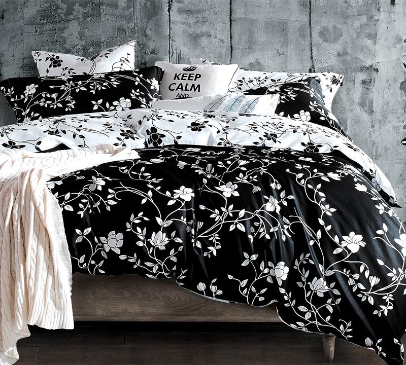 moxie vines black and white full comforter