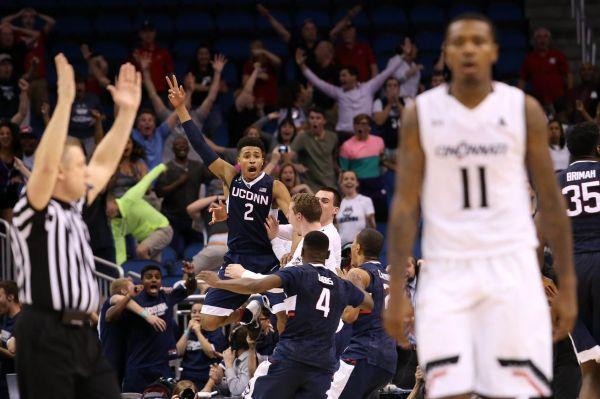 VIDEO: UConn Women's Basketball Reacts To Jalen Adams ...