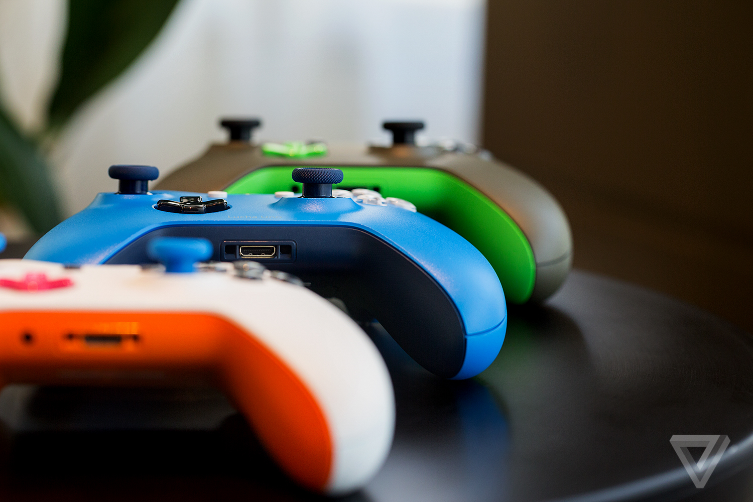 Xbox Design Lab Lets You Build Your Own Colorful Xbox One