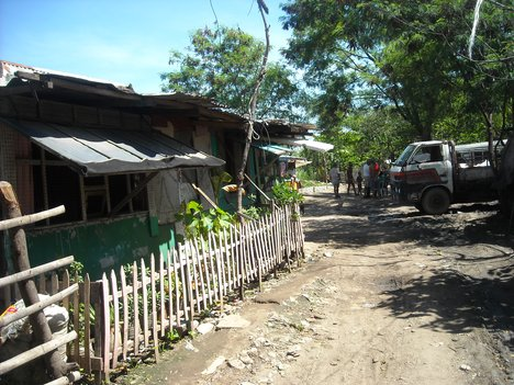 Image of a rural community without electricity in the Philippines