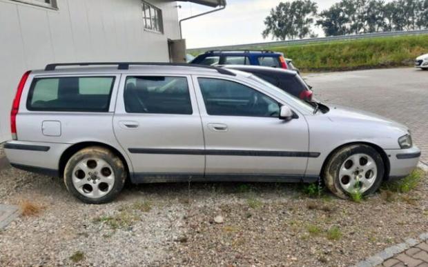 Какви автомобили за по 50 евро се продават в Германия