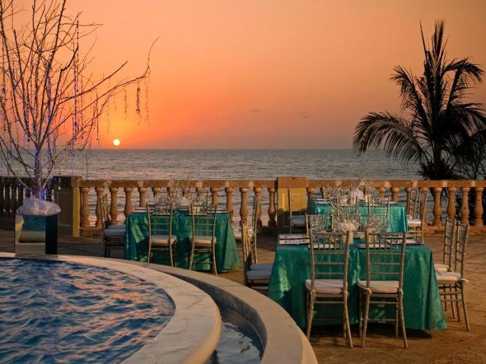 Hotel Pueblo Bonito Emerald Bay Resort & Spa - Mazatlan - Mazatlán ...