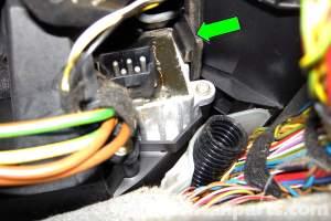 BMW E46 Blower Motor Final Stage Replacement   BMW 325i (20012005), BMW 325Xi (20012005), BMW