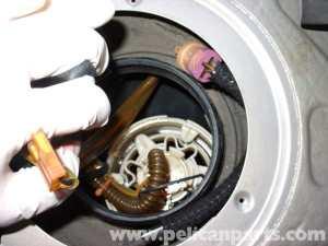 Audi A4 18T Volkswagen Fuel Pump Replacement | Golf