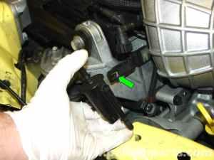 MINI Cooper Belt Tensioner Replacement (R50R52R53 20012006) | Pelican Parts DIY Maintenance