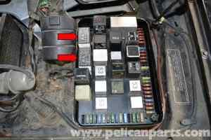 Porsche 944 Turbo DME Relay Troubleshooting (19861991) | Pelican Parts DIY Maintenance Article
