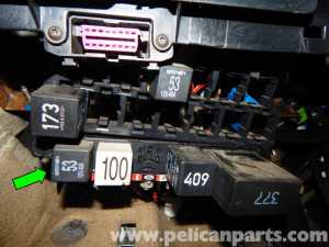 Volkswagen Jetta MkIV Relay Panel Access and Relay