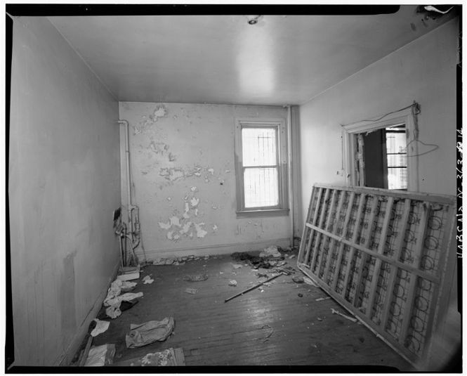 Whitelaw Apartment House 1839 Thirth Street Northwest