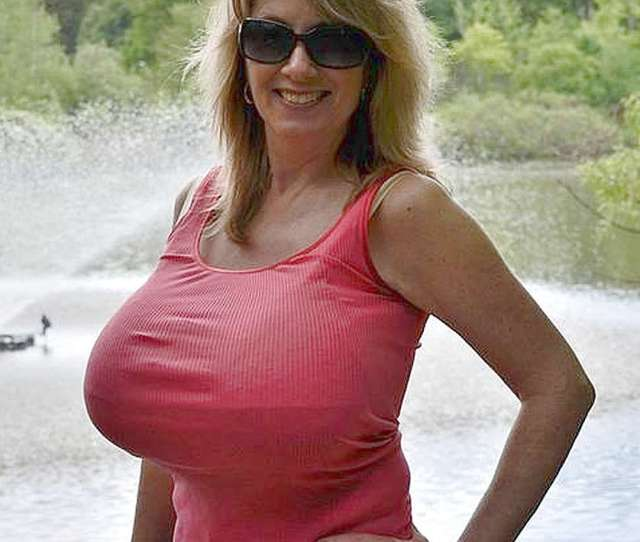 Dream Mom Nancy Quills Huge Tits