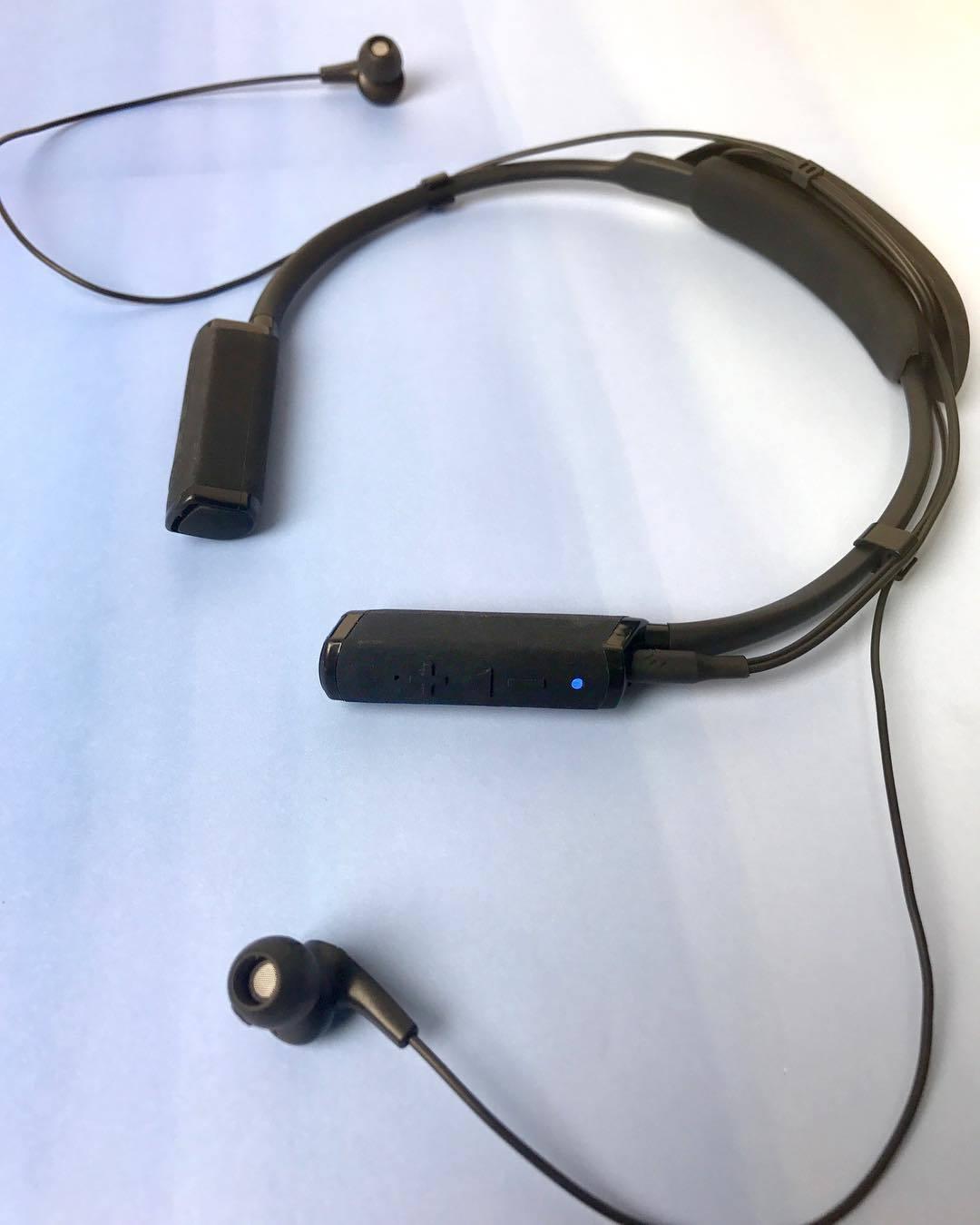 參考指南 頸掛式藍牙耳機推薦   igogosport 購物網