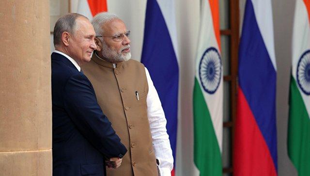 Россия и Индия договорились укреплять сотрудничество в Азии, заявил Путин