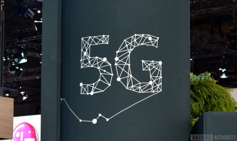 A 5G technology logo.