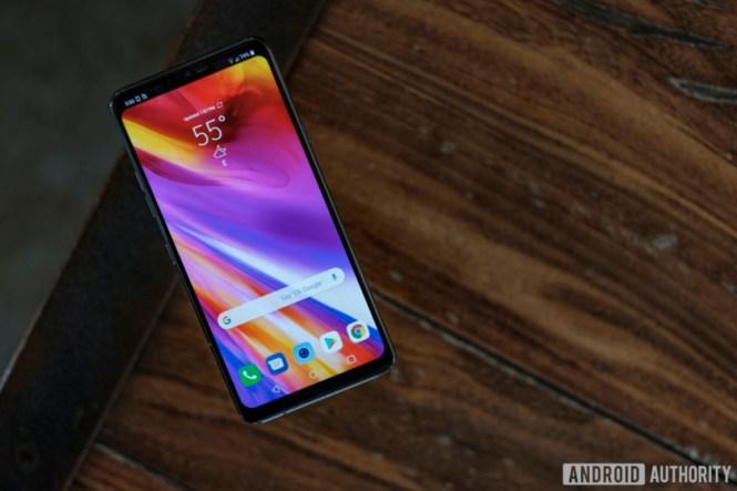 LG G7 ThinQ screen