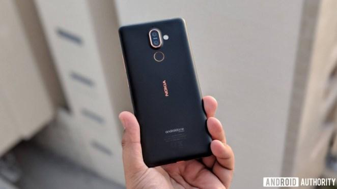 Nokia 7 plus in hand