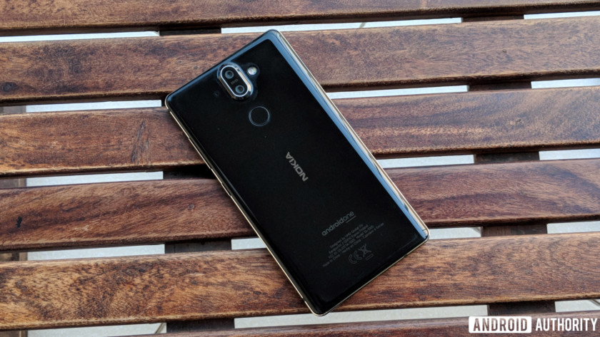 Nokia 8 Sirocco review - camera, finger scanner and logo