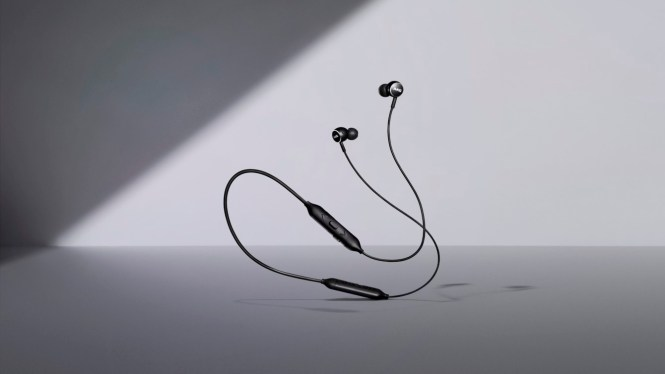 Samsung product image of the AKG Y100 wireless earbuds.