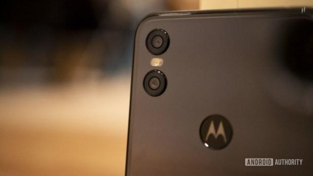 Motorola One deal