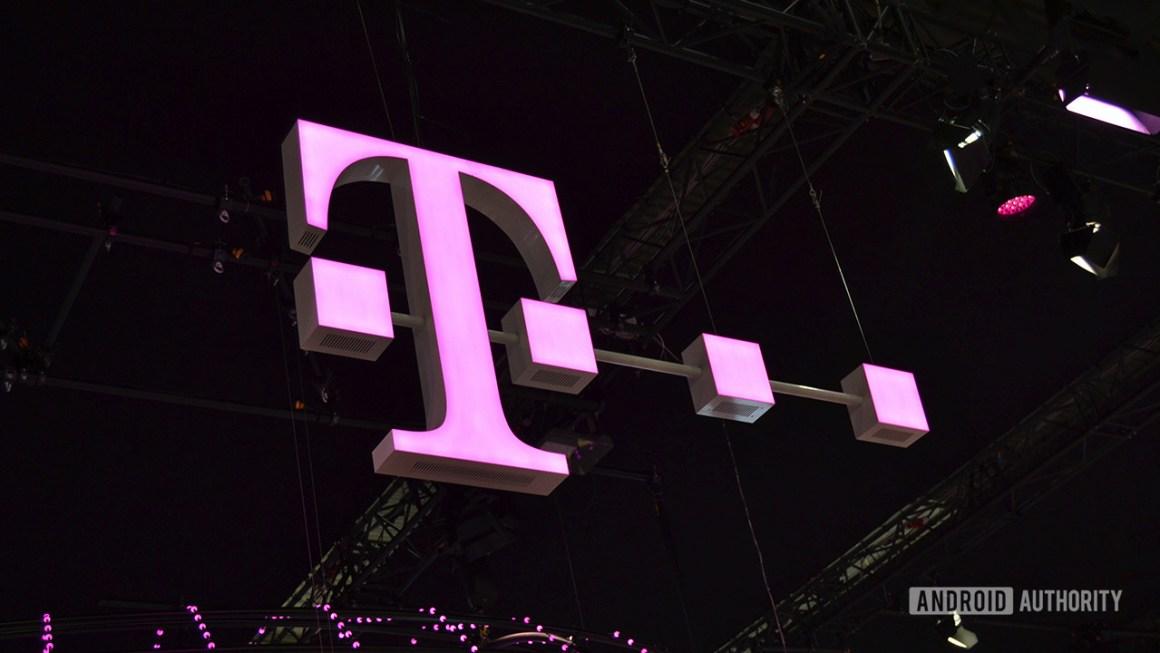 Логотип T-Mobile на MWC 2018.