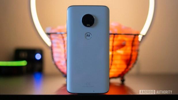 Moto G7 and Moto G7 Power back glass
