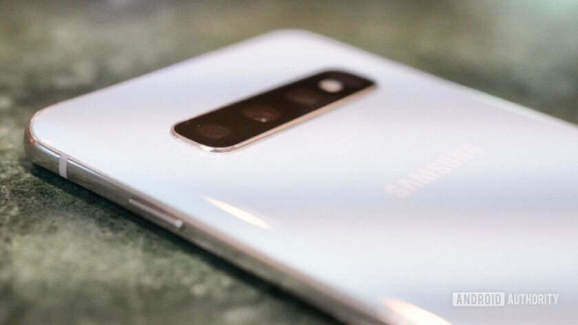 Samsung Galaxy S10 on / off button