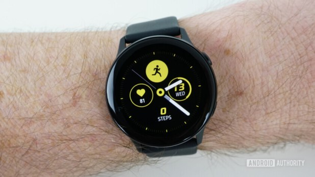 Samsung Galaxy Watch Active default watch face