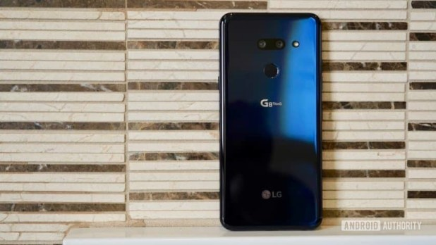 LG G8 ThinQ Review rear