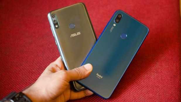 Redmi Note 7 vs Asus Zenfone Max Pro M2 both phones in hand