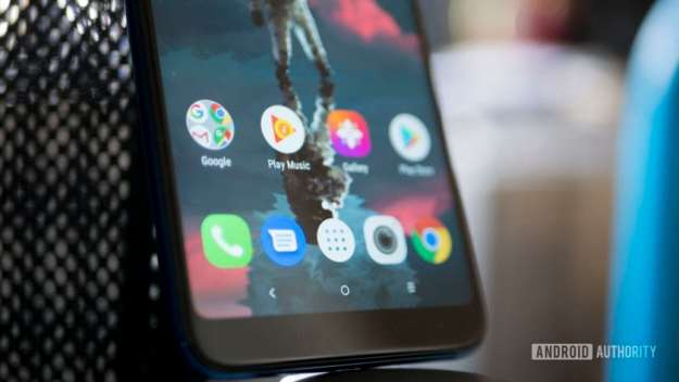 Alcatel 3 review bottom of screen