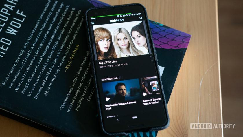 HBO теперь работает на OLED-экране Pixel 3 на столе.