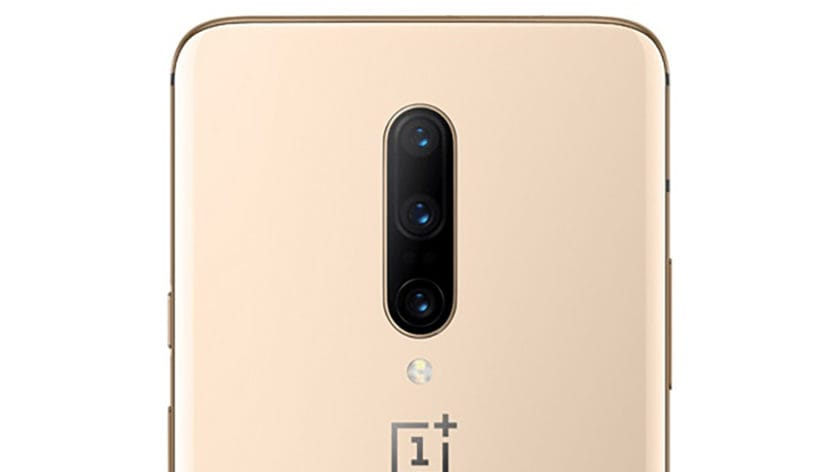 A render of the OnePlus 7 Pro in Almond.