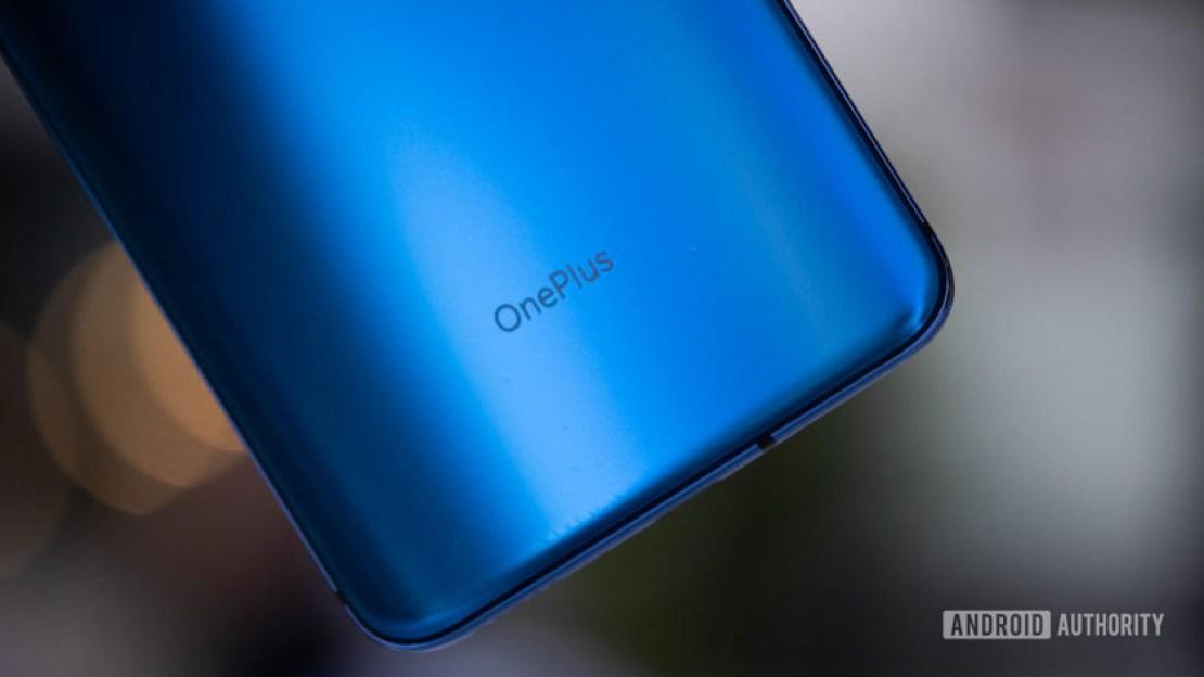 OnePlus 7 Pro back logo