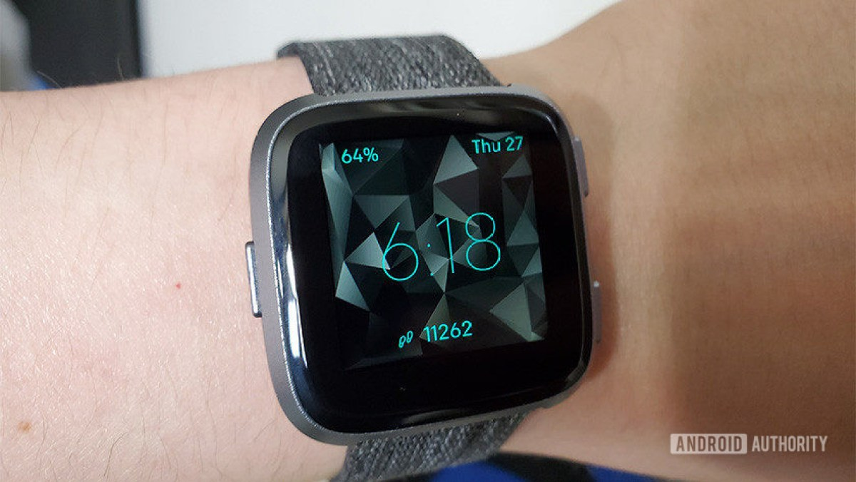 Hindy's Fitbit Versa - best fitness apps for android