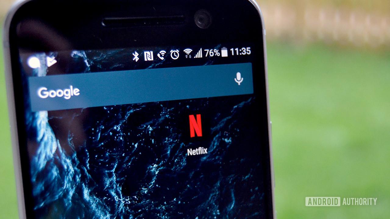 Значок Netflix на главном экране HTC 10.