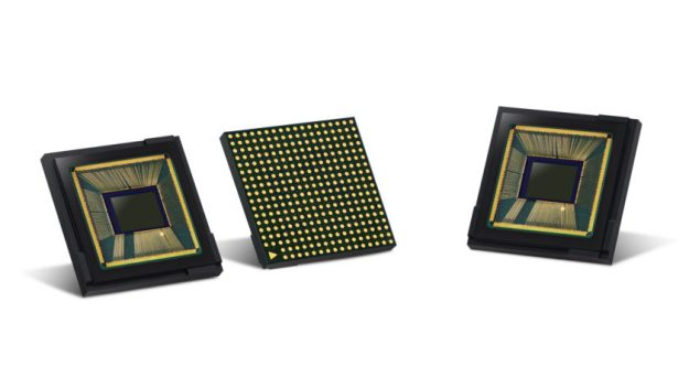 The Samsung ISOCELL Fast 2L3 camera sensor.