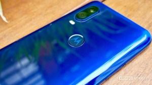No mercado para um novo telefone orçamento? A Motorola tem algumas opções para você