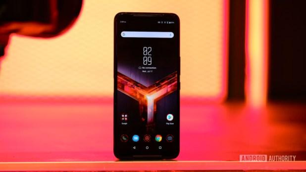 Asus ROG Phone 2 screen straight on