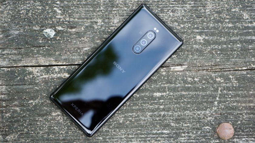 Sony Xperia 1 review rear glass