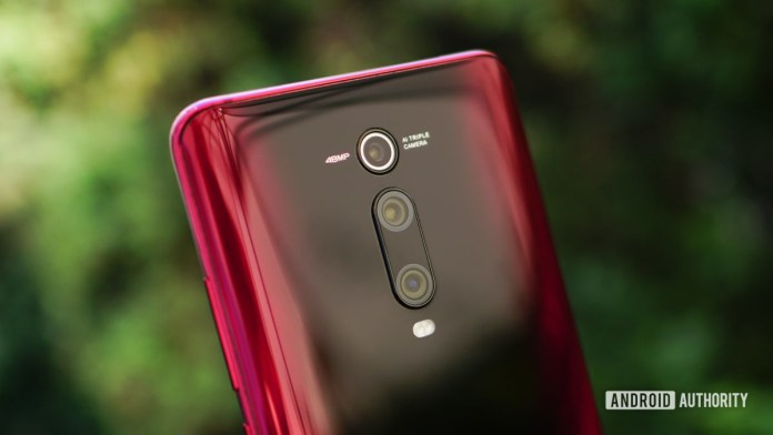 Xiaomi Mi 9T Pro red back camera detail 2