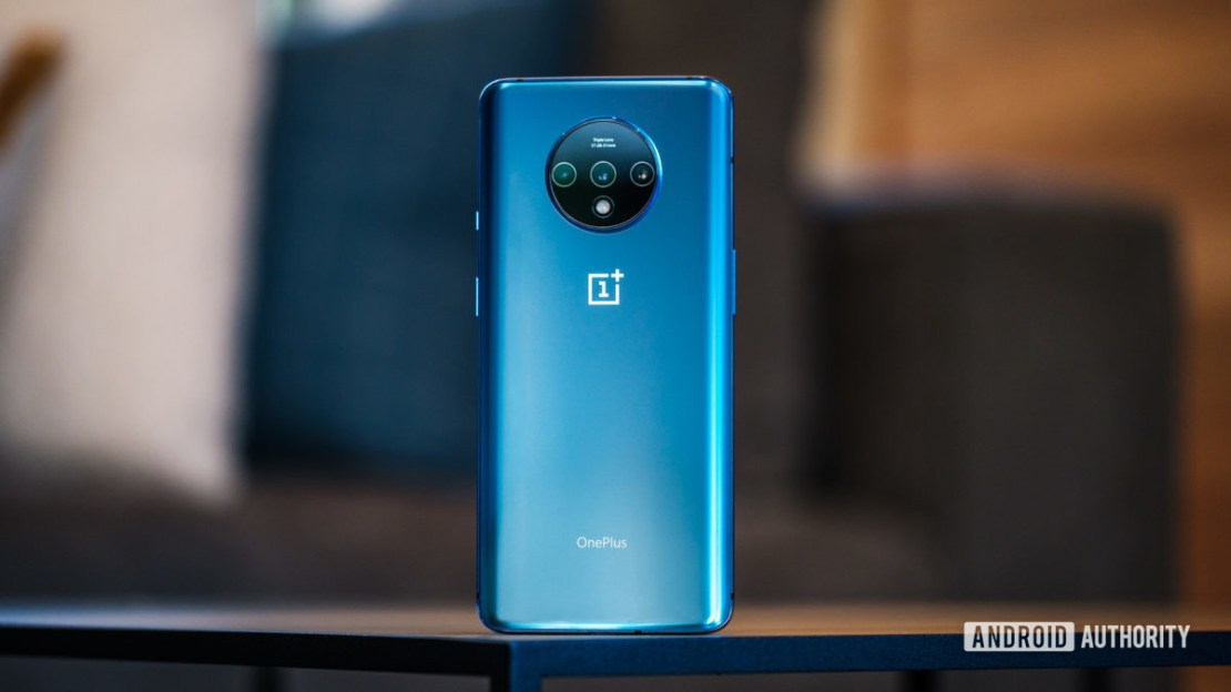 OnePlus 7T back standing upright 1